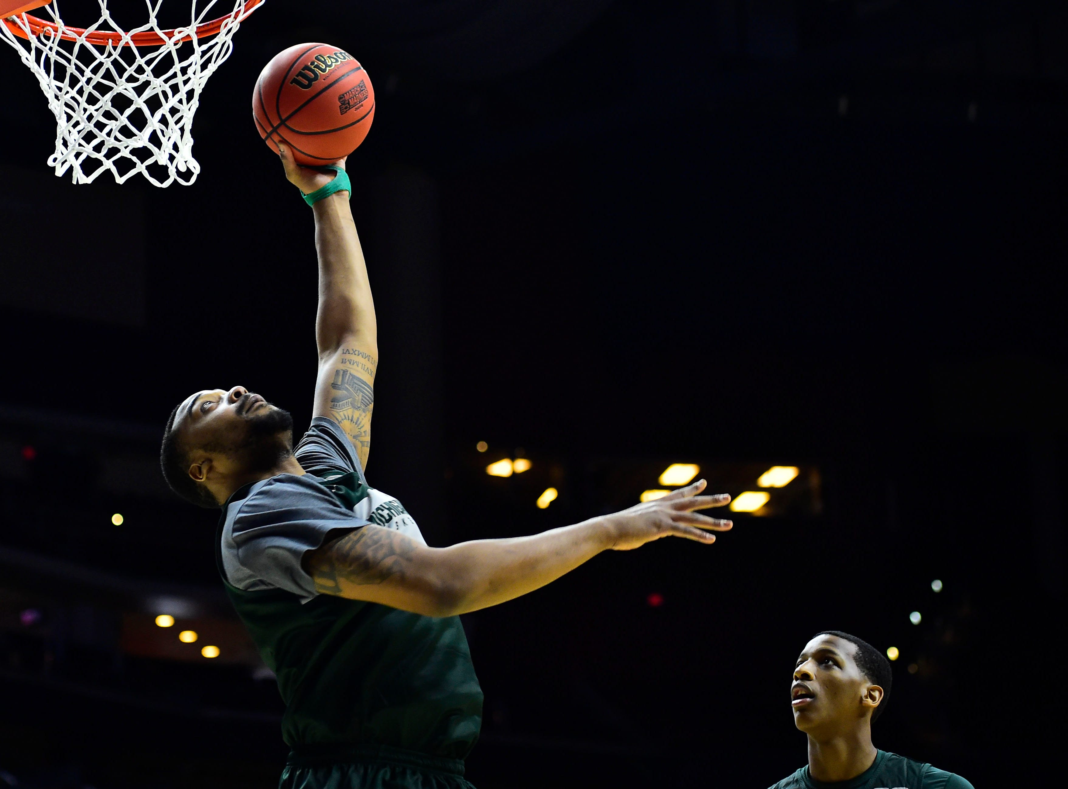 Mar 20, 2019; Des Moines, IA, USA; Michigan State Spartans forward Nick Ward (44) dunks the ball during practice before the first round of the 2019 NCAA Tournament at Wells Fargo Arena. Mandatory Credit: Jeffery Becker-USA TODAY Sports