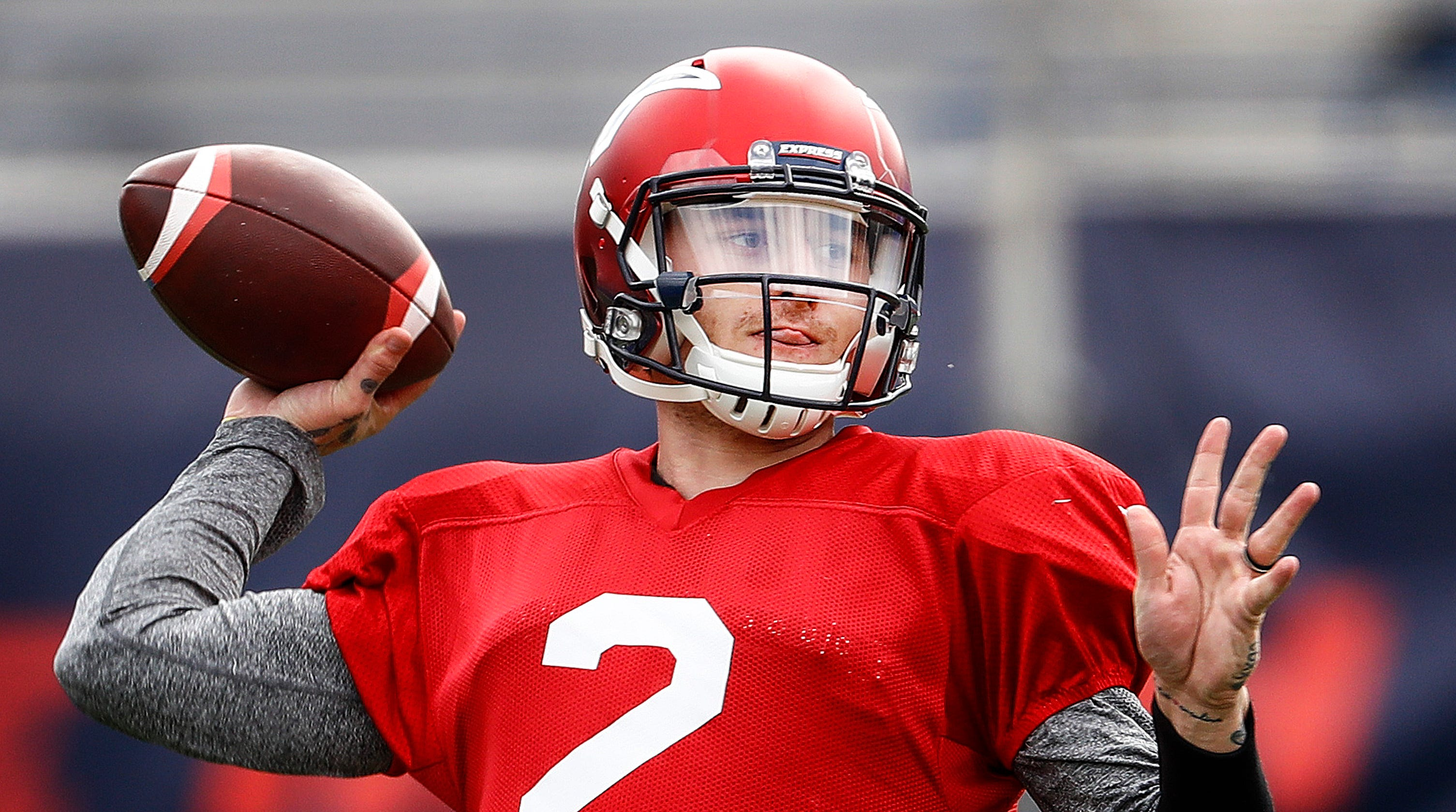 Johnny Manziel makes Memphis Express debut in AAF game against Birmingham Iron