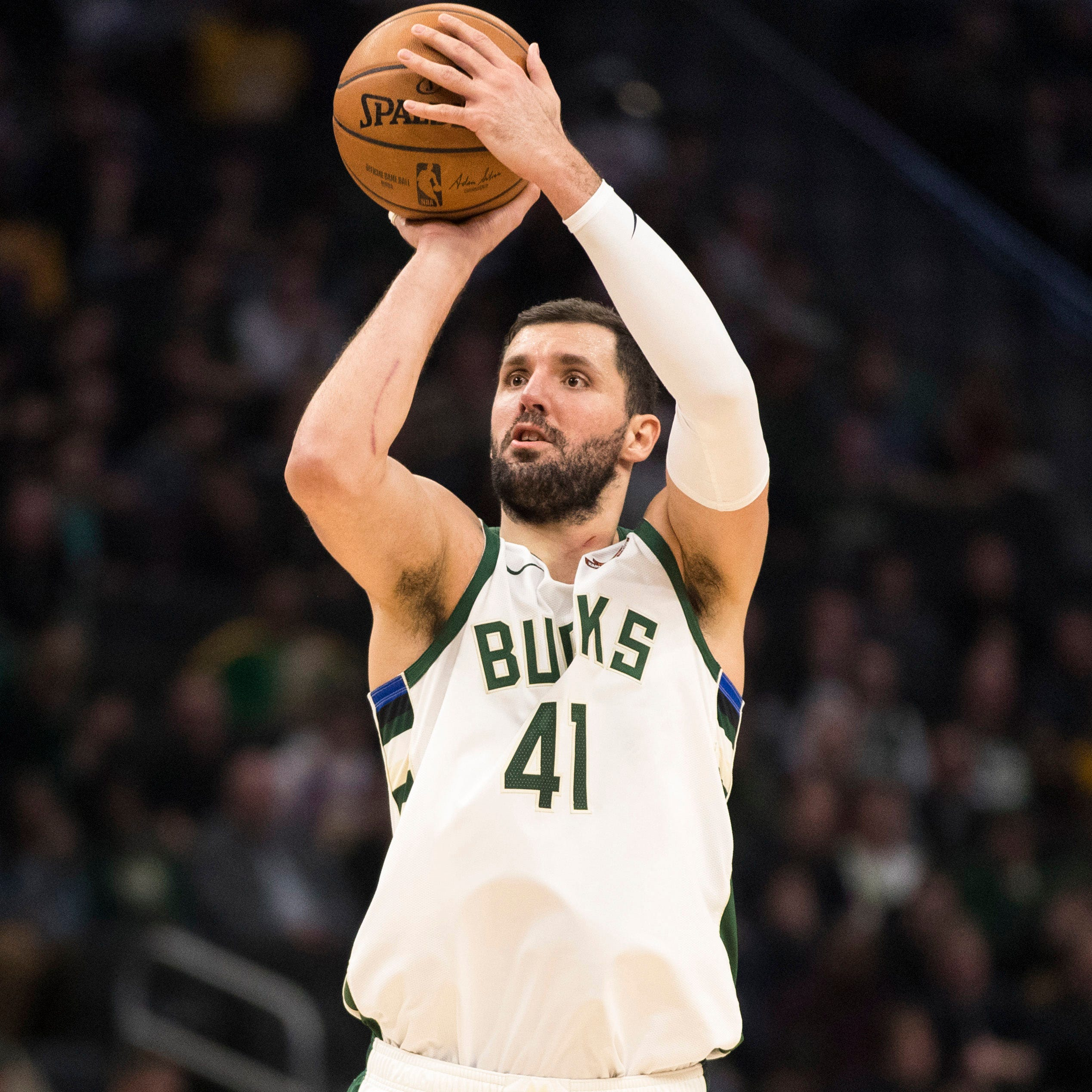 Nikola Mirotic joins the Bucks' long injury list with a sprained and fractured left thumb