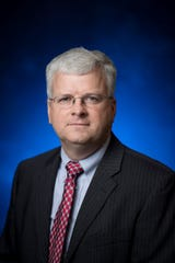 Ross Dickens will serve as dean of the College of Business at Auburn University Montgomery.