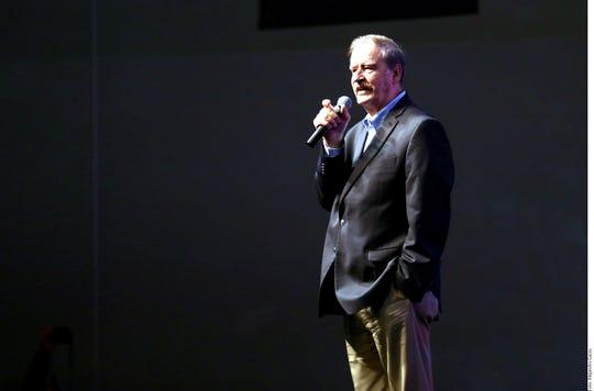 Vicente Fox imparte conferencias a nivel internacional.