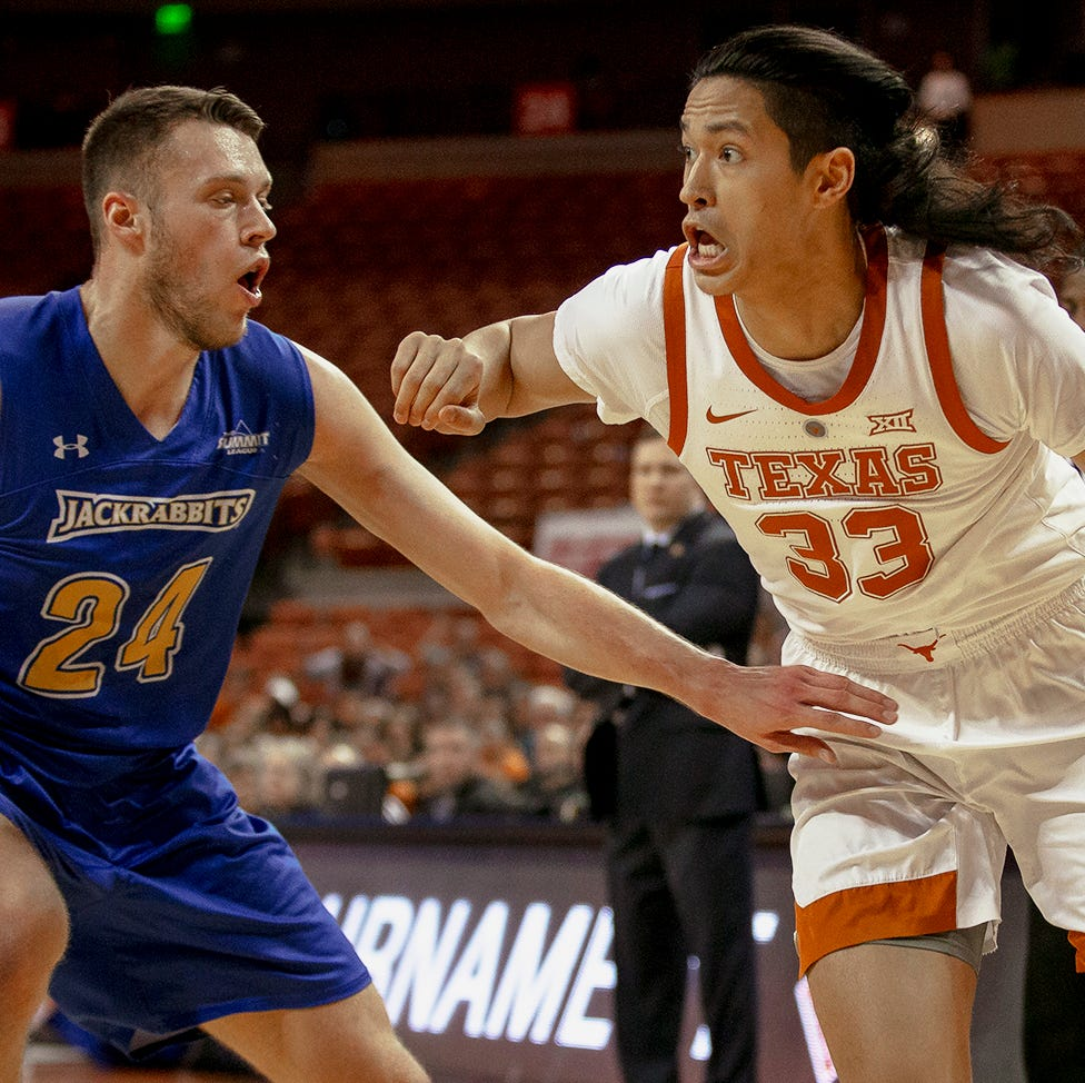 NIT: Texas Longhorns hold off Mike Daum, South Dakota State Jackrabbits