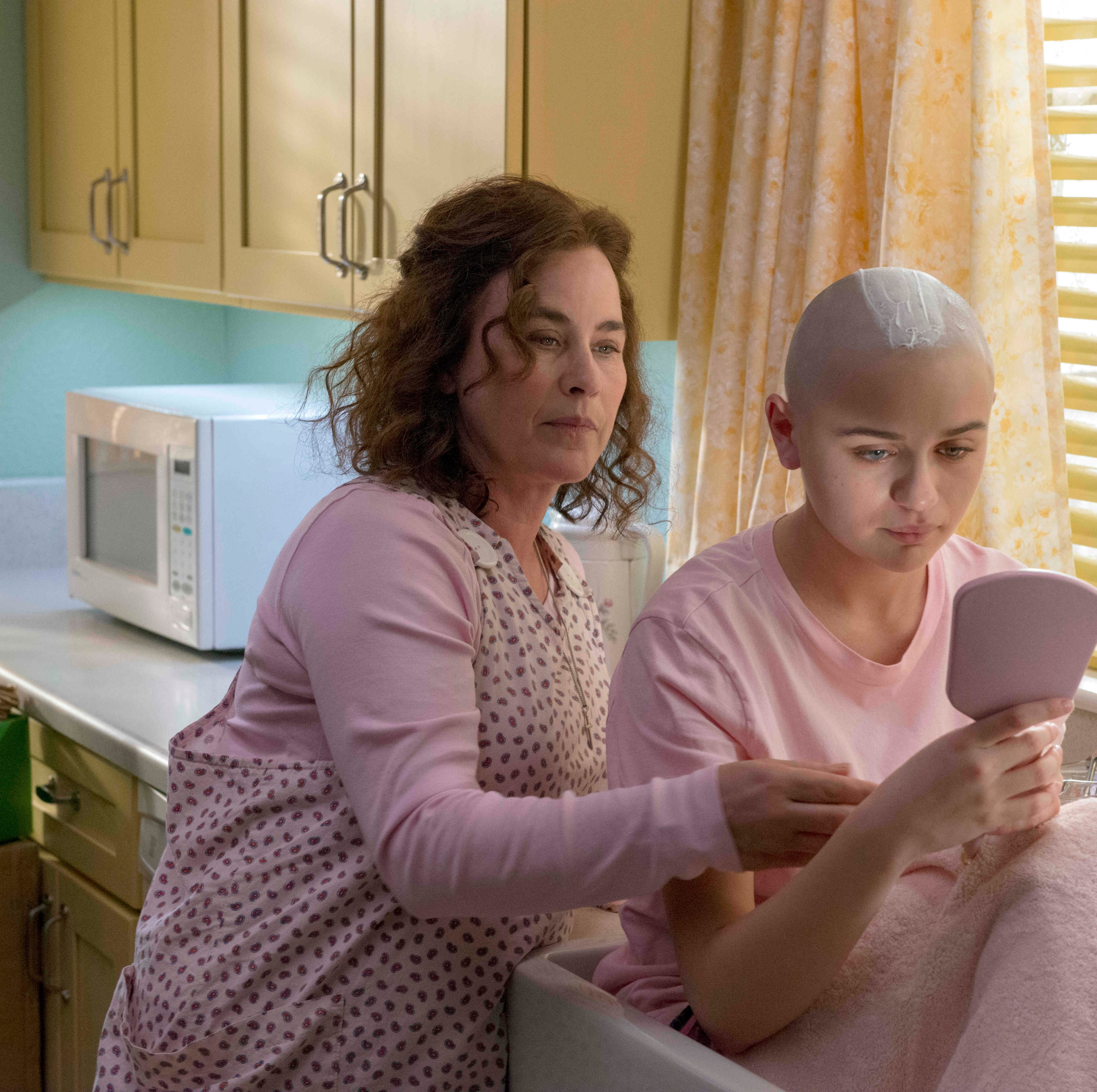 'The Act' miniseries based on Gypsy Rose and Dee Dee Blanchard premieres on Hulu
