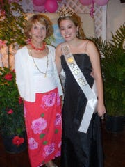 2007 Miss Hibiscus Jessica Gable with the first (1953) Miss Hibiscus Elizabeth Bass.