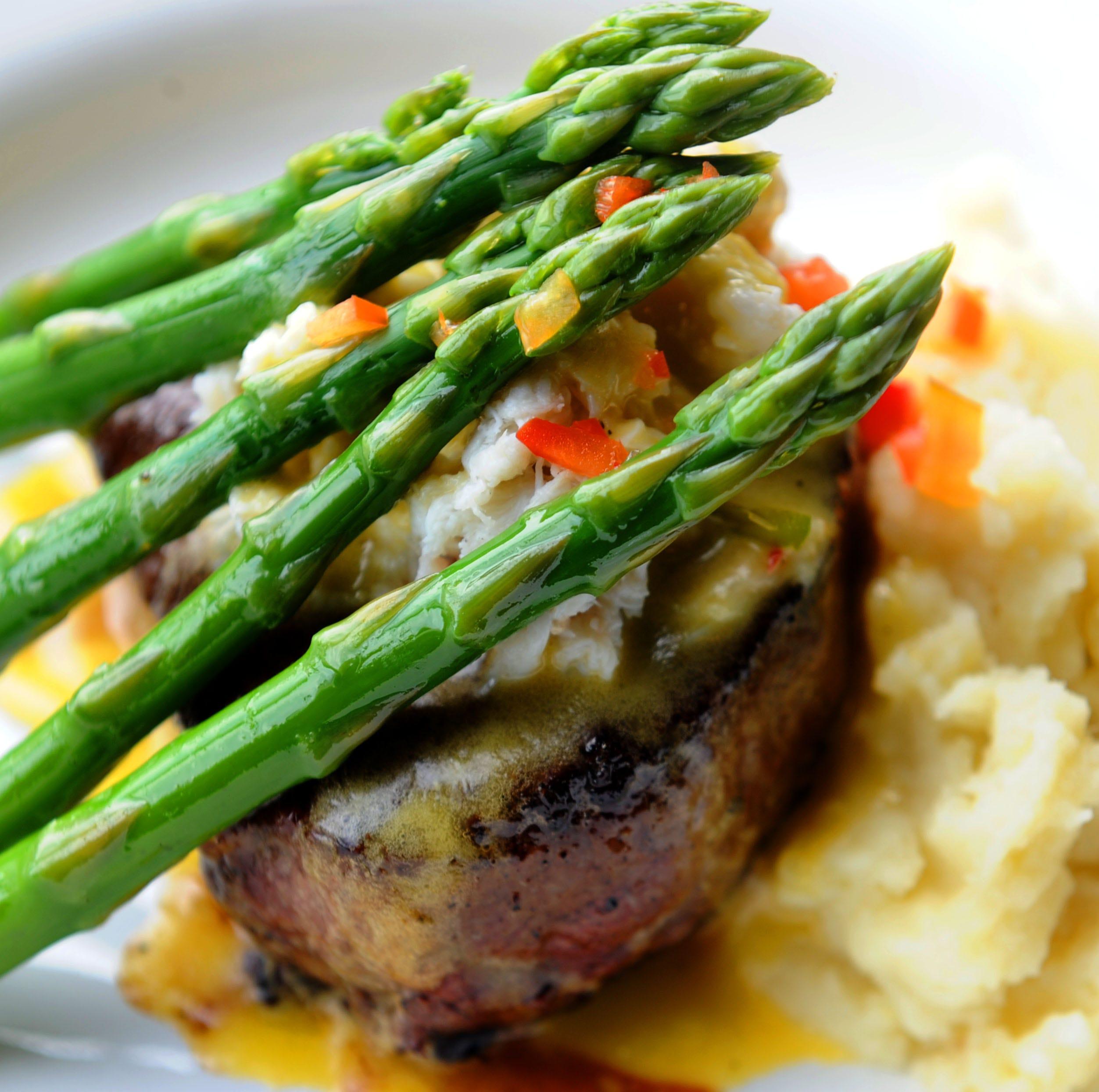 Oxnard's Salt Waterside Bistro offers dishes that entice, satisfy
