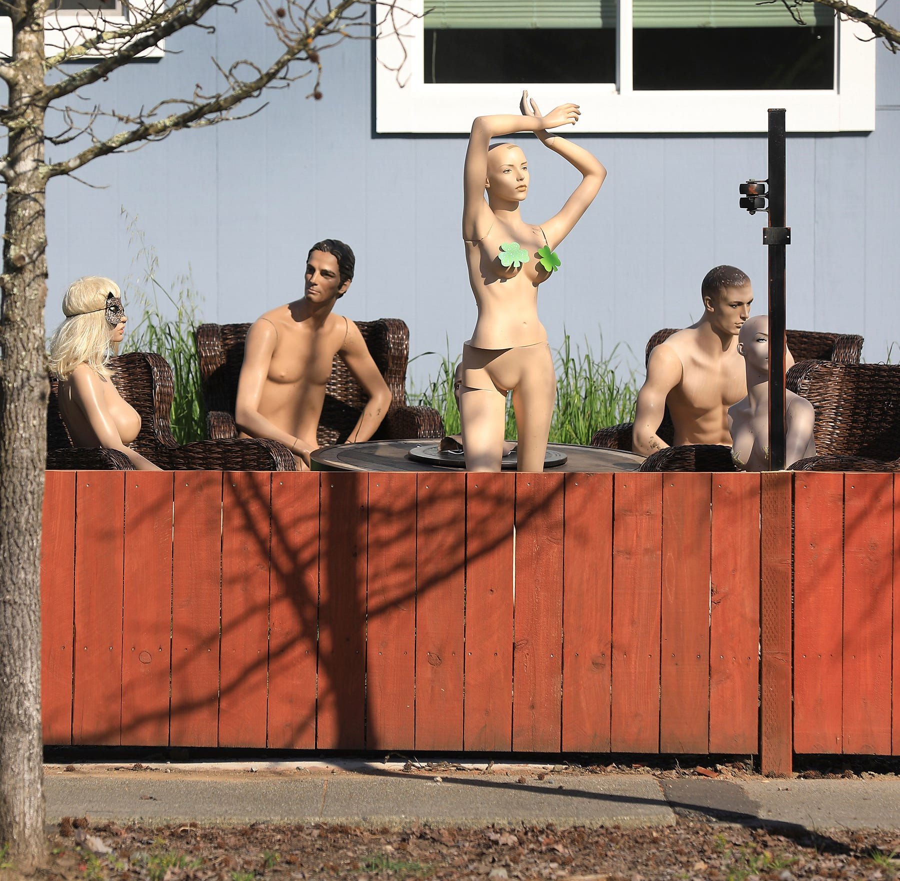 Nosy California neighbor gets an eyeful from naked mannequins