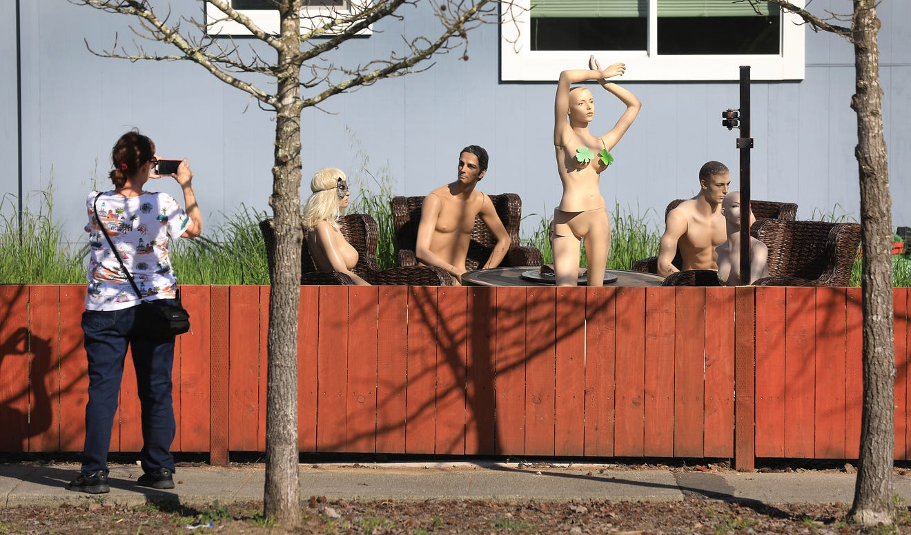 Man uses nude mannequins to send message to nosey