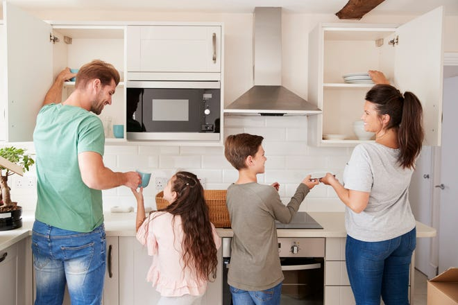 Every kitchen is unique to the people who spend time in it. For every family, there is a kitchen – and kitchen cabinet - that fits perfectly. Find the cabinets that fit you at Bath, Kitchen & Tile.