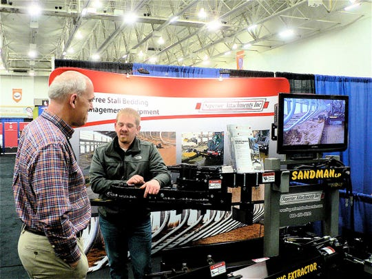 The exhibitors offered advice and ideas.