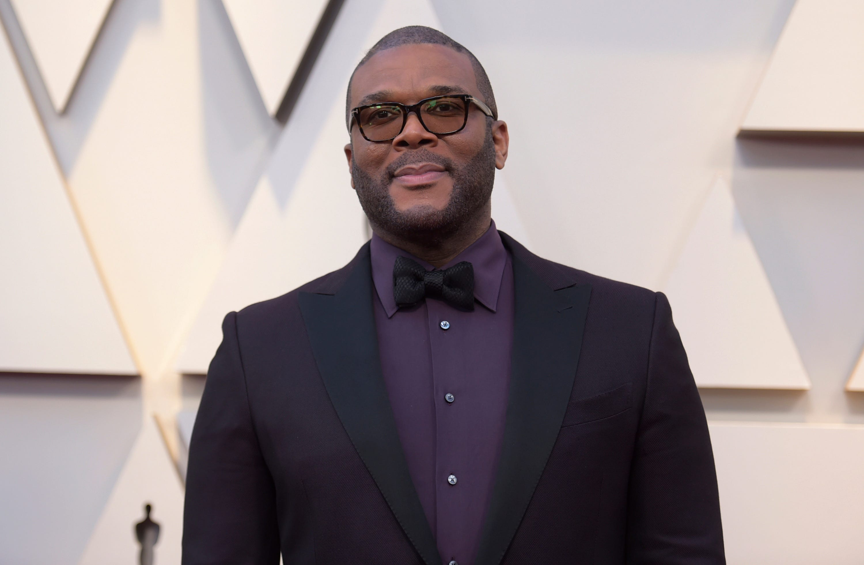 Tyler Perry pays expenses for the family ofa slain single mom of 4: rent, school, funeral