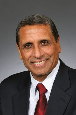 Moustafa Shafey, MD, LFAPA