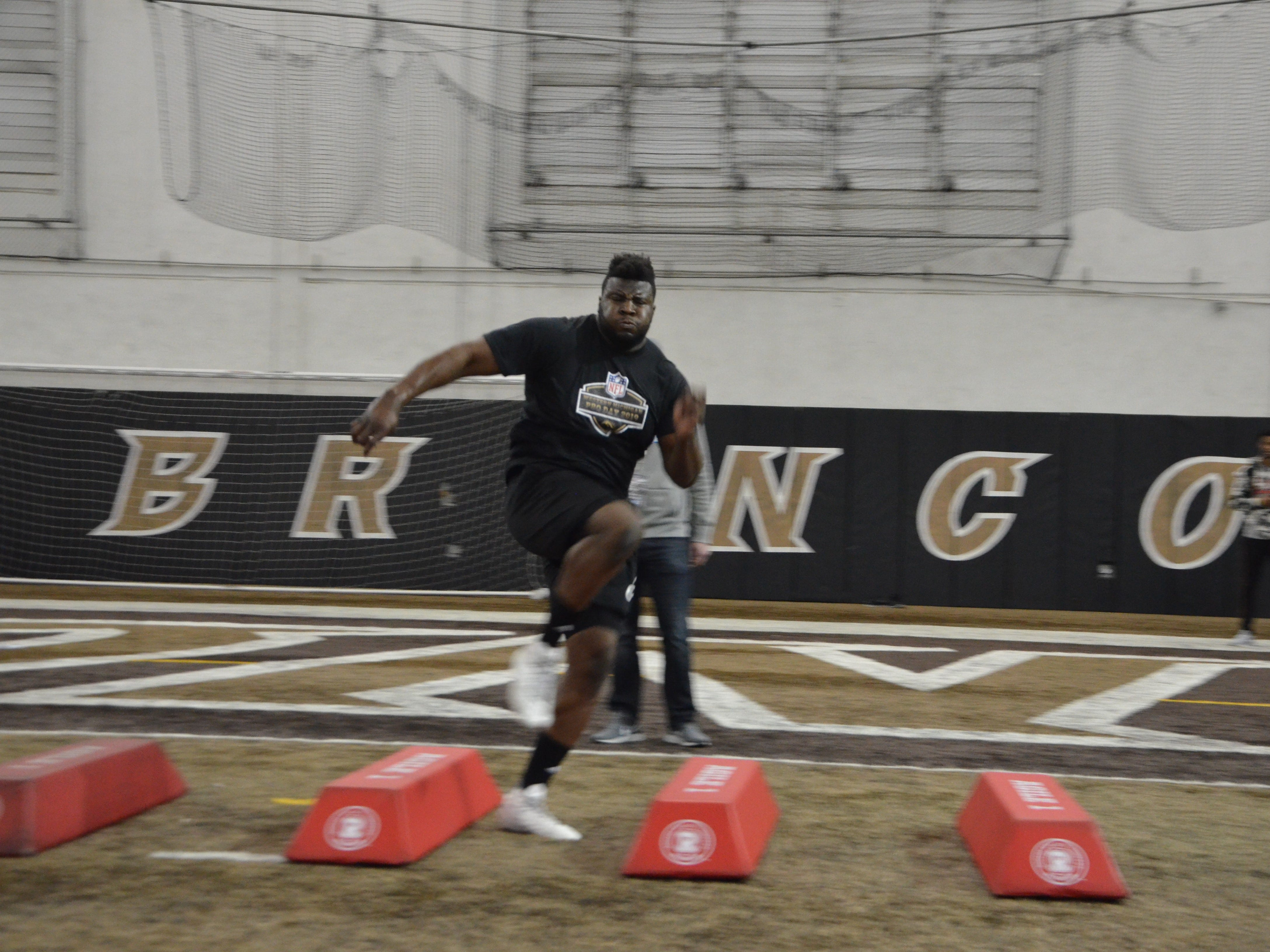 Western Michigan tight end Odell Miller performs a drill in front of NFL scouts at the Broncos' Pro Day on Thursday, March 21, 2019.