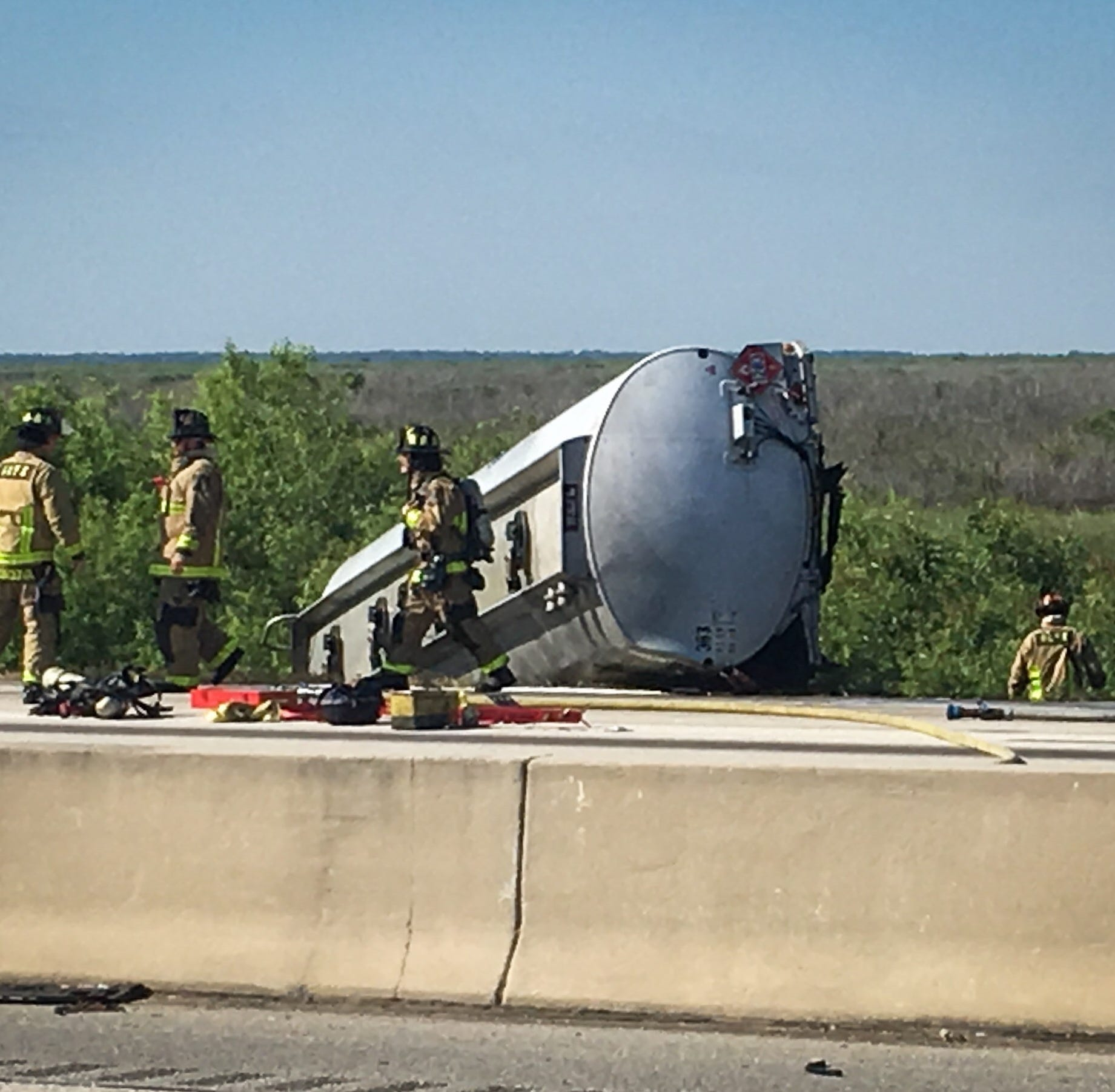 I-95 shut down after fuel tanker flips over in Rockledge