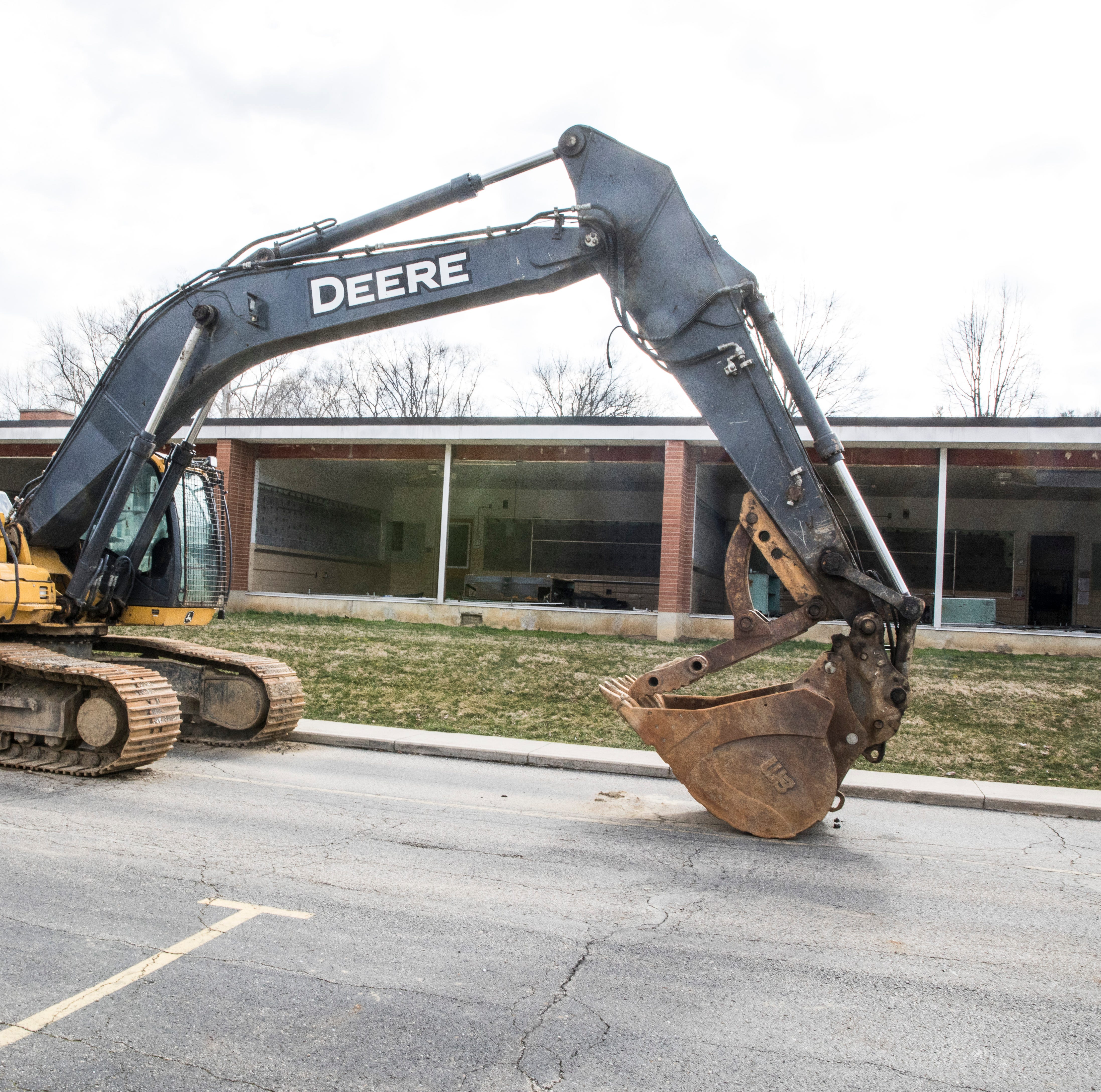 Demolition of Allen Elementary unearths nostalgia for alumni
