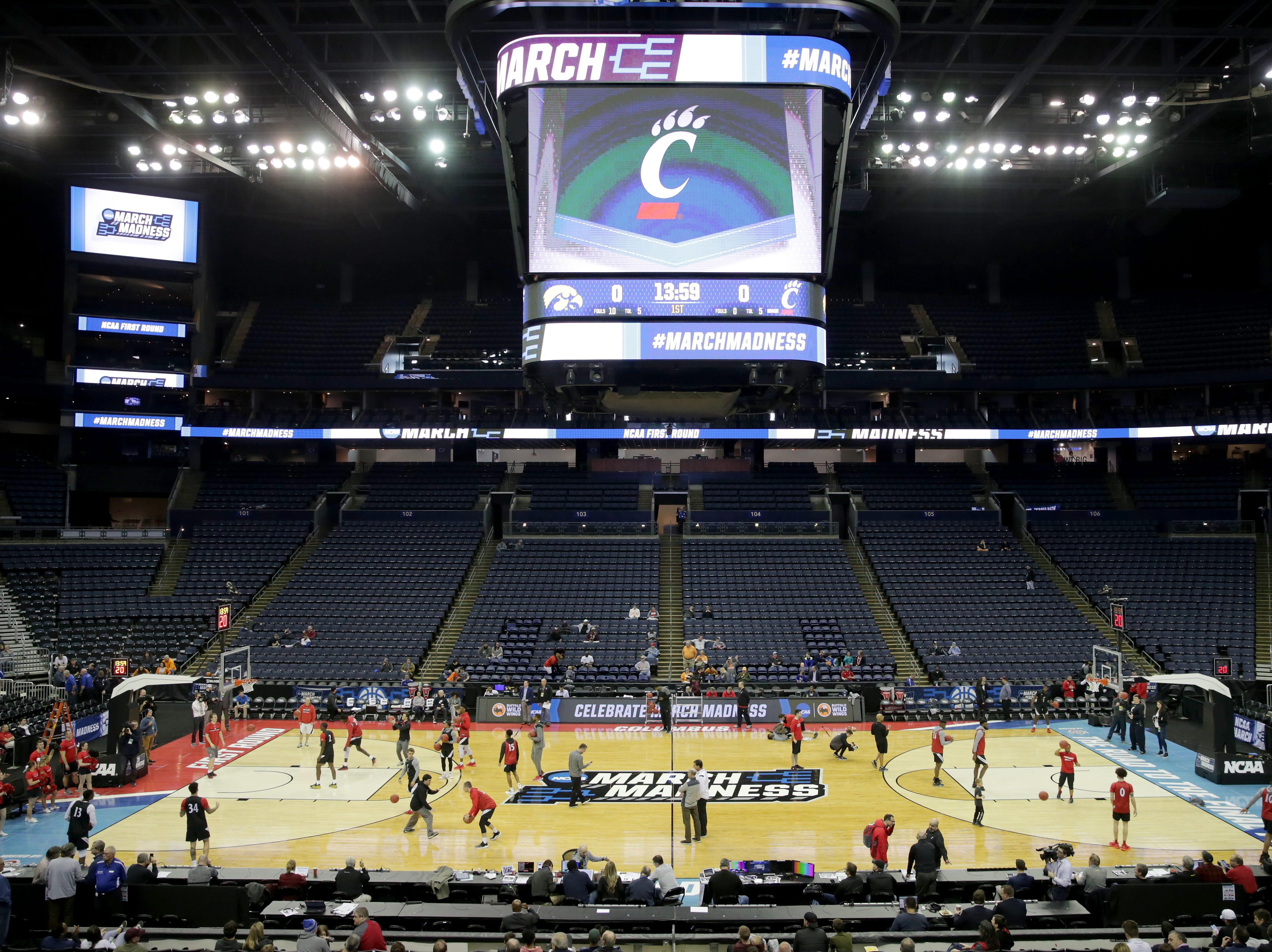 The Cincinnati Bearcats practice, Thursday, March 21, 2019, at Nationwide Arena in Columbus, Ohio.