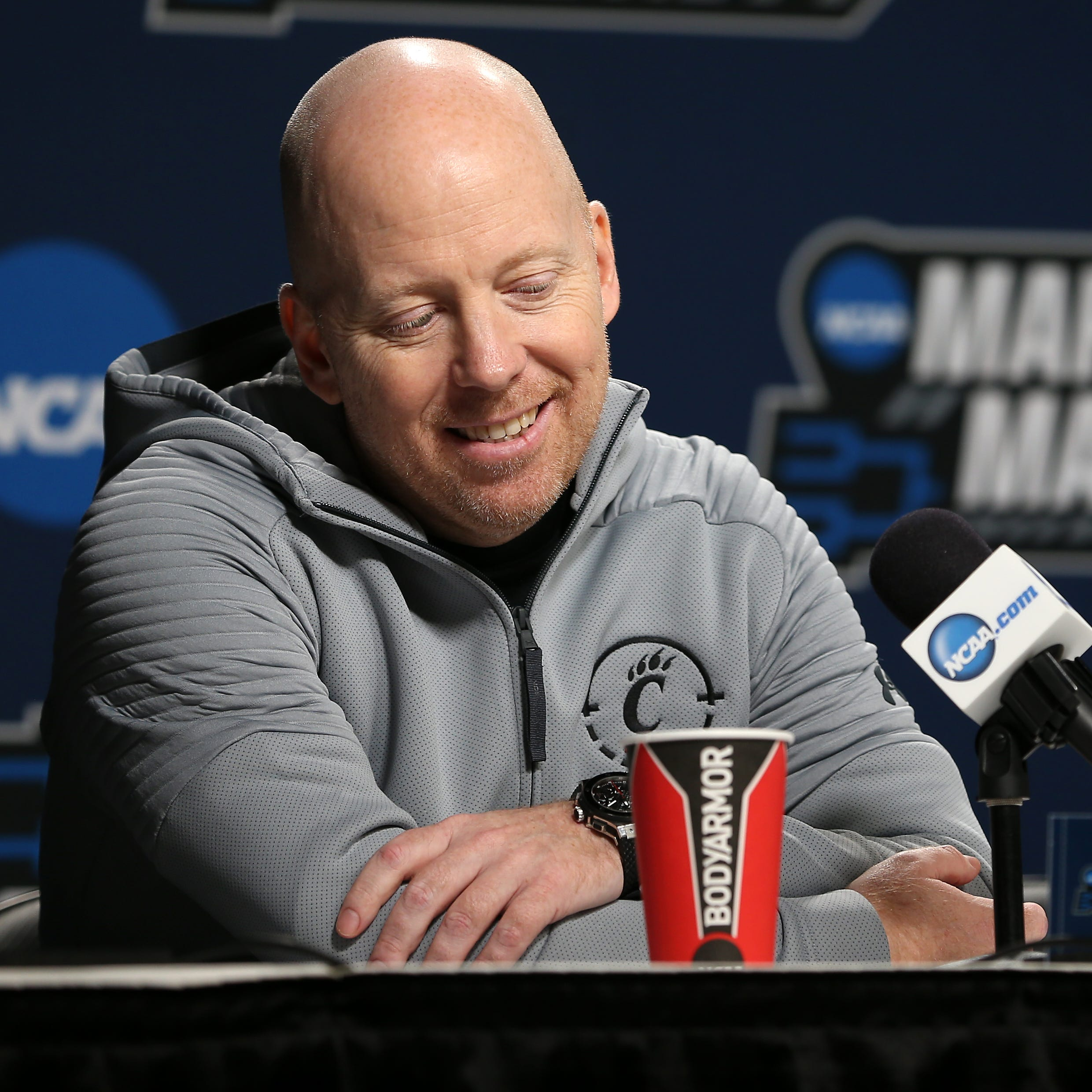 Mick Cronin announced as UCLA's new head coach after 13 seasons with Cincinnati Bearcats