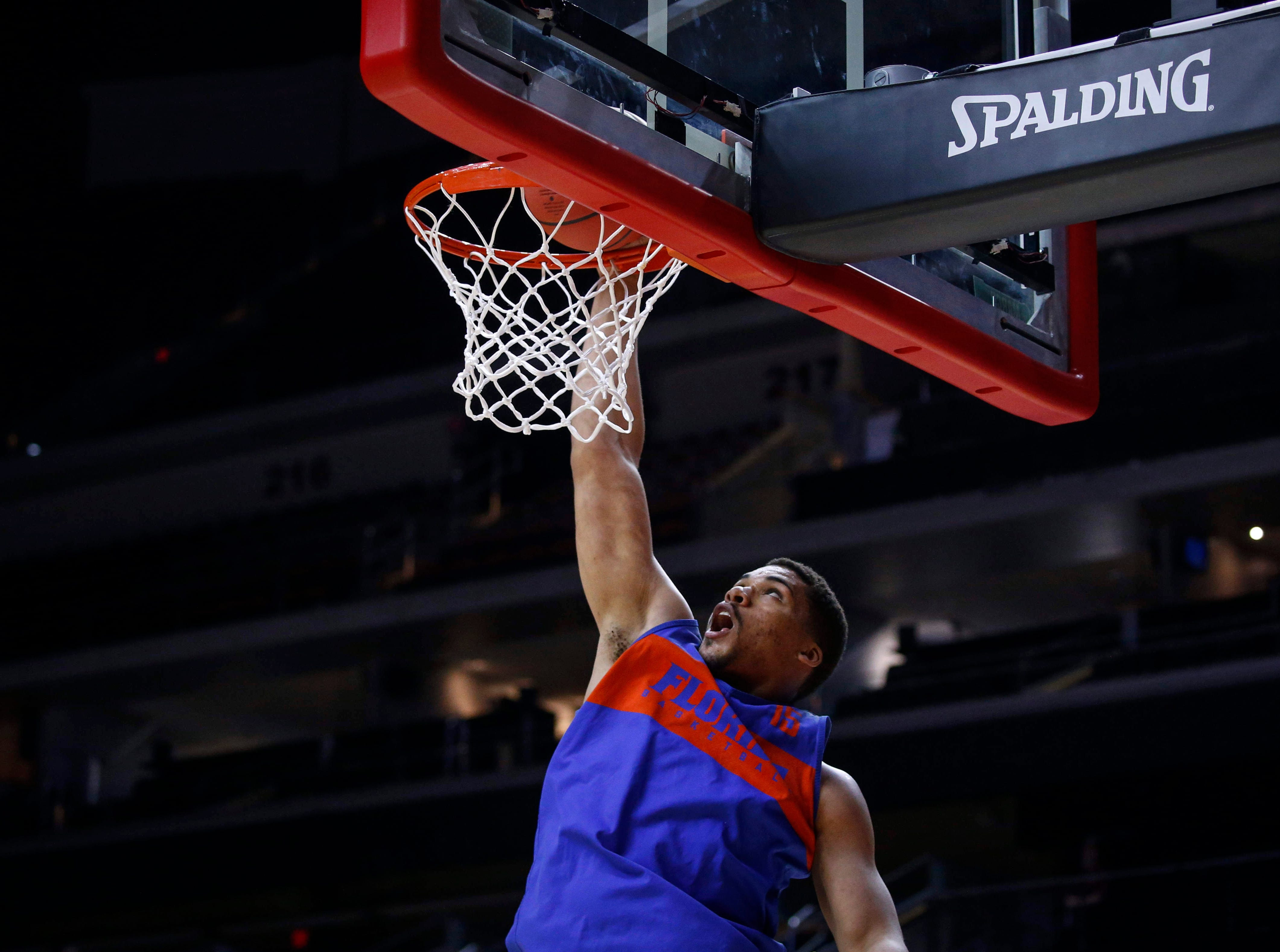 Florida freshman Isaiah Stokes dunks the ball during open practice on Wednesday, March 20, 2019, at Wells Fargo Arena in Des Moines, Iowa.