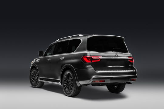The 2019 QX80 continues the bold interpretation of INFINITI's Powerful Elegance design language with unmistakable INFINITI signature design elements.