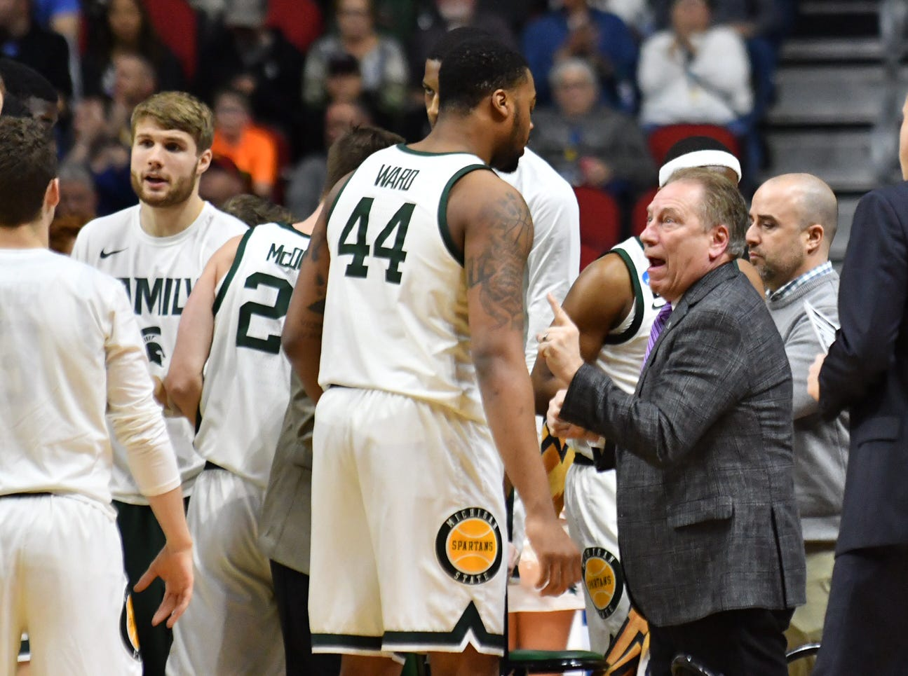 Tom Izzo has some instructions for Nick Ward during the first half.