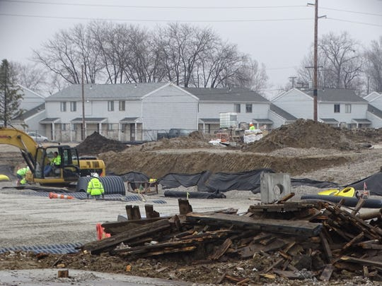 Work continued Thursday morning on the new Kroger site on Cedar Street. The new store is expected to open in Fremont before the end of the year.