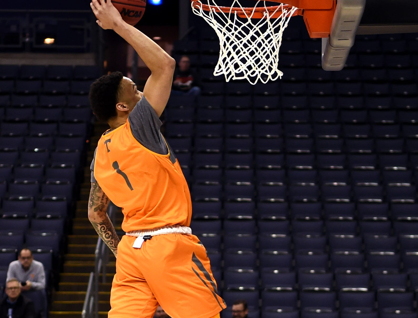 Tennessee guard Lamonte Turner (1) dunks during Tennessee's practice on Thursday, March 21, 2019, before their first round NCAA Tournament game against Colgate at Nationwide Arena in Columbus, Ohio.