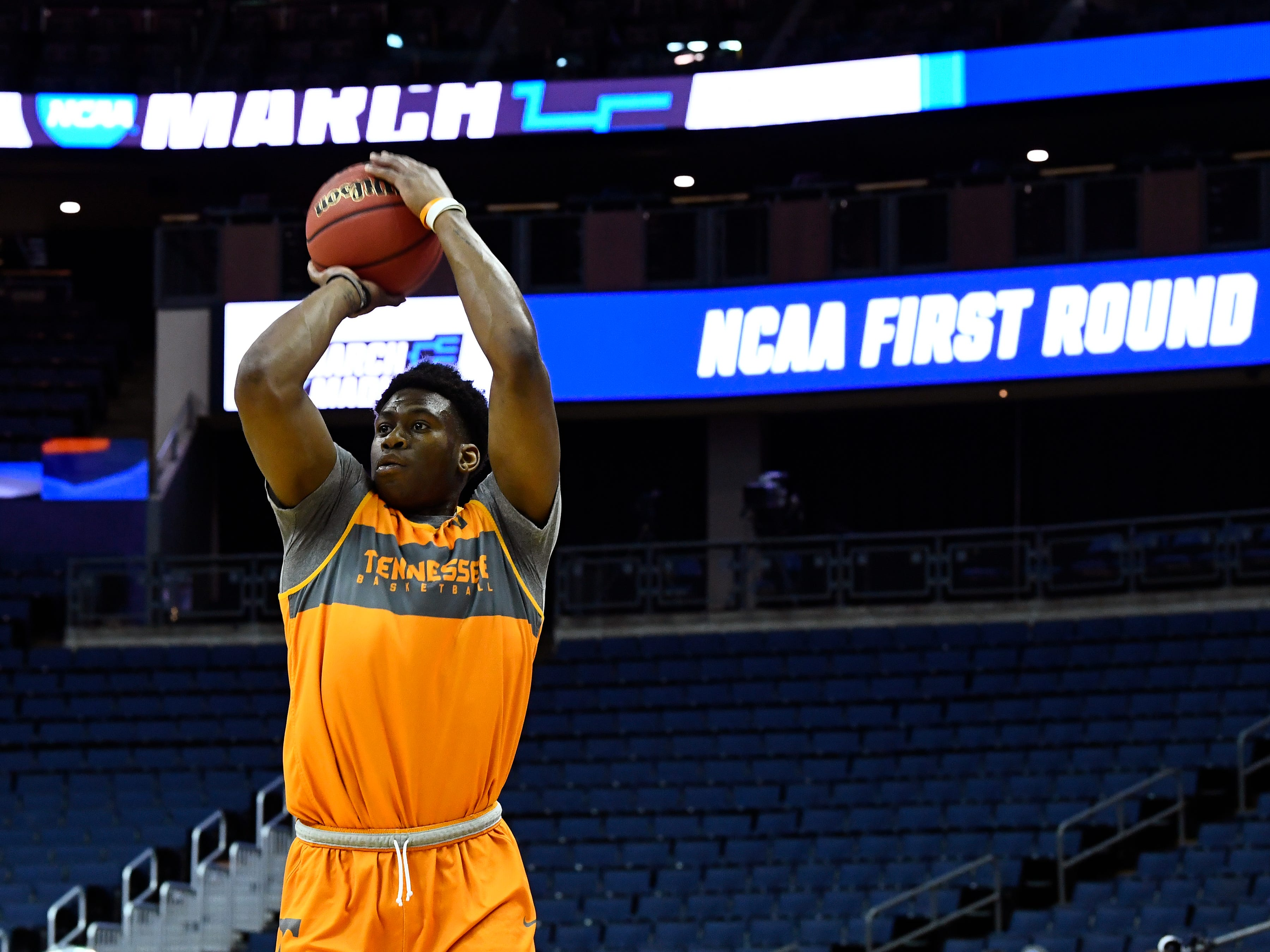 Tennessee guard Admiral Schofield (5) shoots the ball during Tennessee's practice on Thursday, March 21, 2019, before their first round NCAA Tournament game against Colgate at Nationwide Arena in Columbus, Ohio.