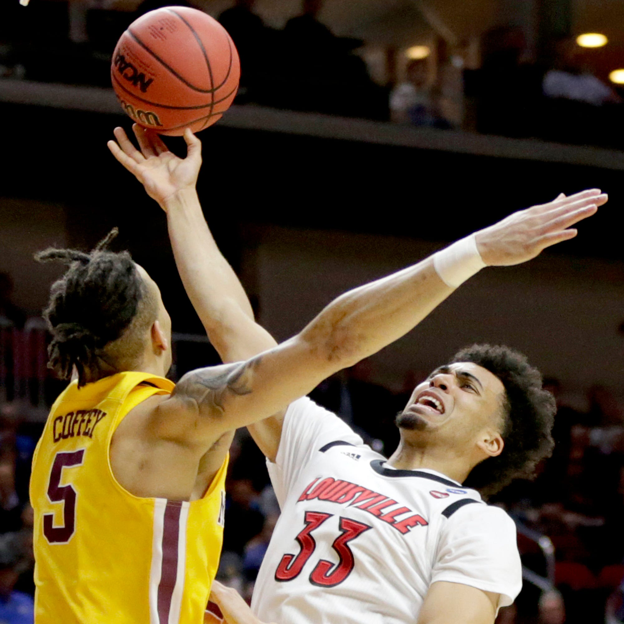 Live coverage: Get Louisville vs. Minnesota NCAA Tournament game updates