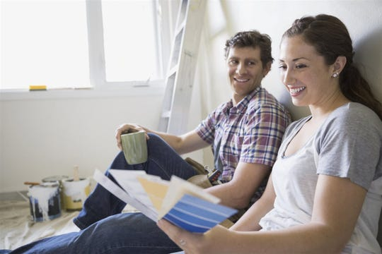 Homeowners look at new paint swatches
