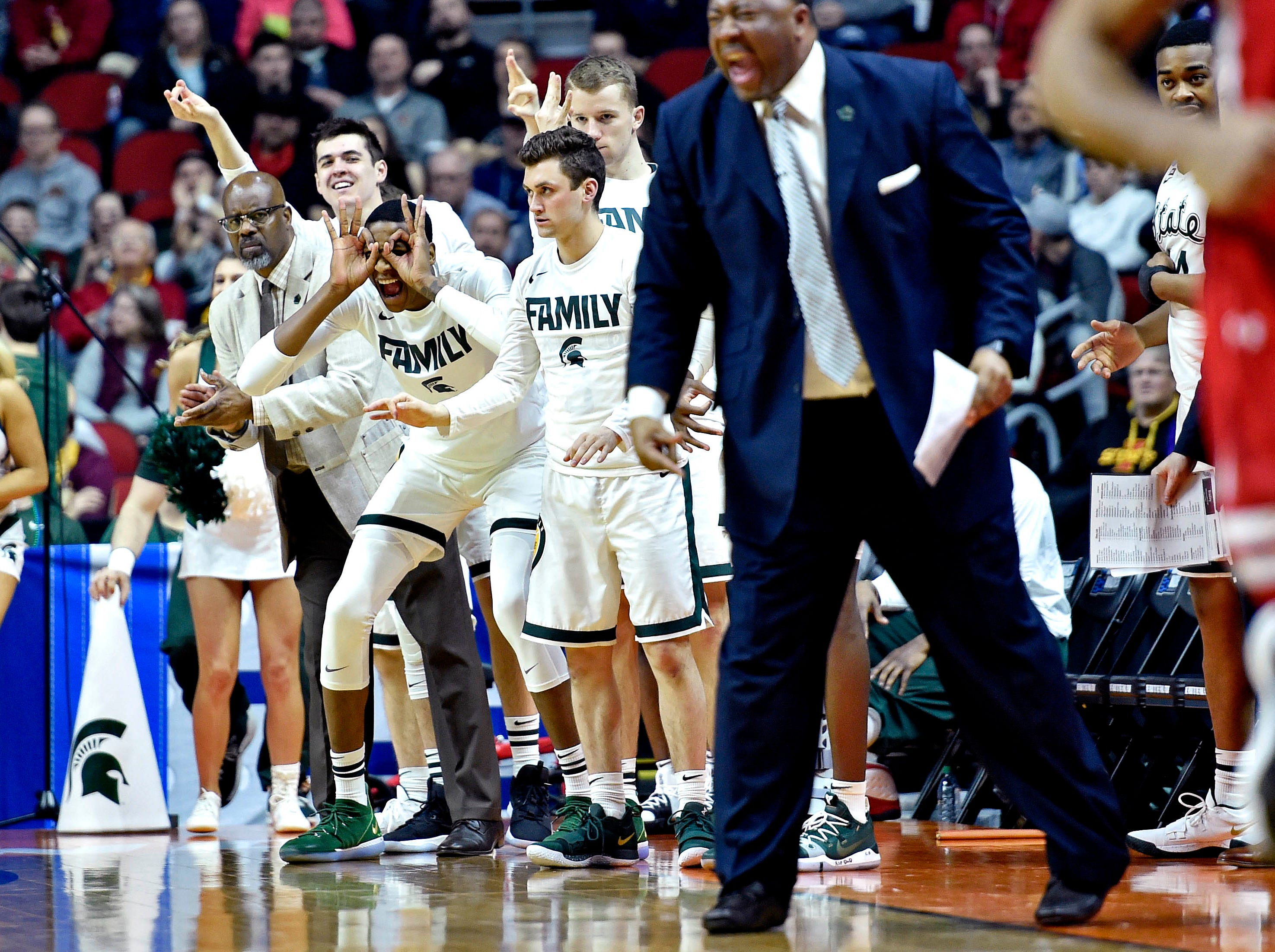 Mar 21, 2019; Des Moines, IA, United States; The Michigan State Spartans bench celebrates during the second half against the Bradley Braves in the first round of the 2019 NCAA Tournament at Wells Fargo Arena. Mandatory Credit: Jeffrey Becker-USA TODAY Sports