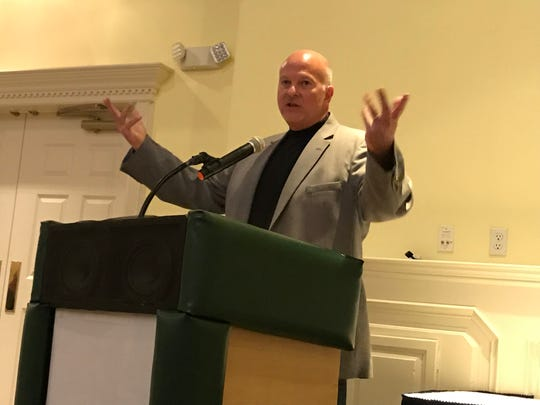 ESPN broadcaster Mike Quick was the keynote speaker at the BCCA/BCWCA Coaches Symposium Wednesday night.