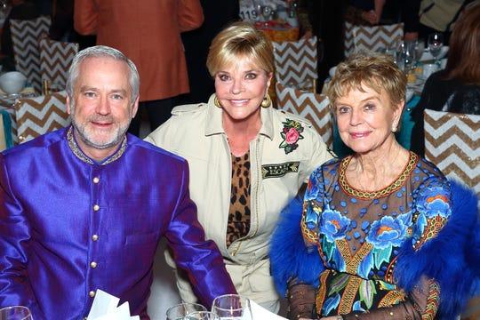 (l-r) Bill Nicholson, Silver Sponsor Jan Salta, and Gold Sponsor Donna MacMillan.