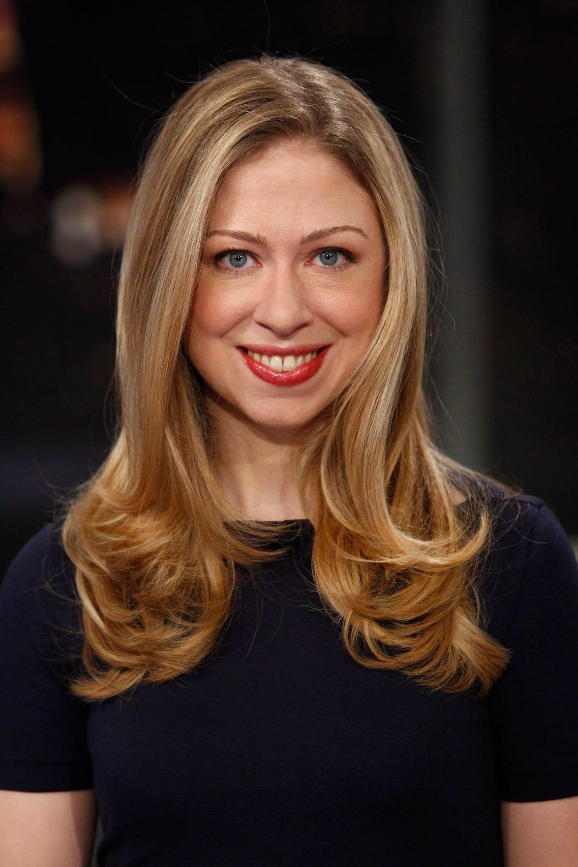 Chelsea Clinton Nude Photos 47