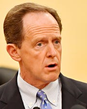 Sen. Tom Toomey (R-PA) discusses the Blocking Deadly Fentanyl Imports Act at the York County Administrative Building in York City, Thursday, March 21, 2019. The bipartisan legislation would hold fentanyl-producing nations accountable for their compliance with United States fentanyl-related drug enforcement. Dawn J. Sagert photo