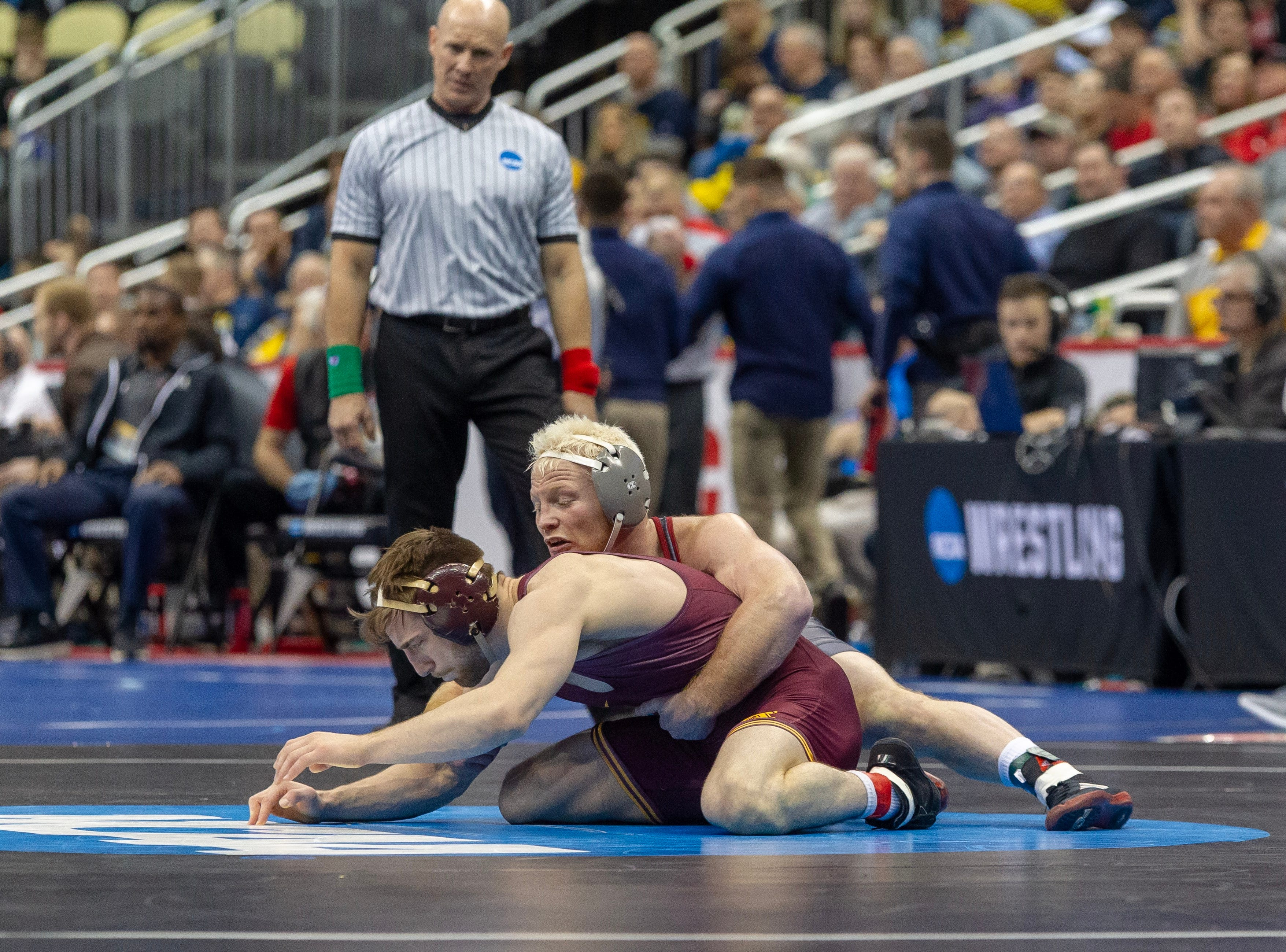 Chance Marsteller dominated his opening-round victory over Minnesota's Carson Brolsma. He earned a 16-3 major decision in Pittsburgh.