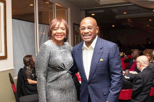 "Red Rose Sponsors Gloria and Willie Gary at the ""Lucky In Love"" Valentine's Day gala."