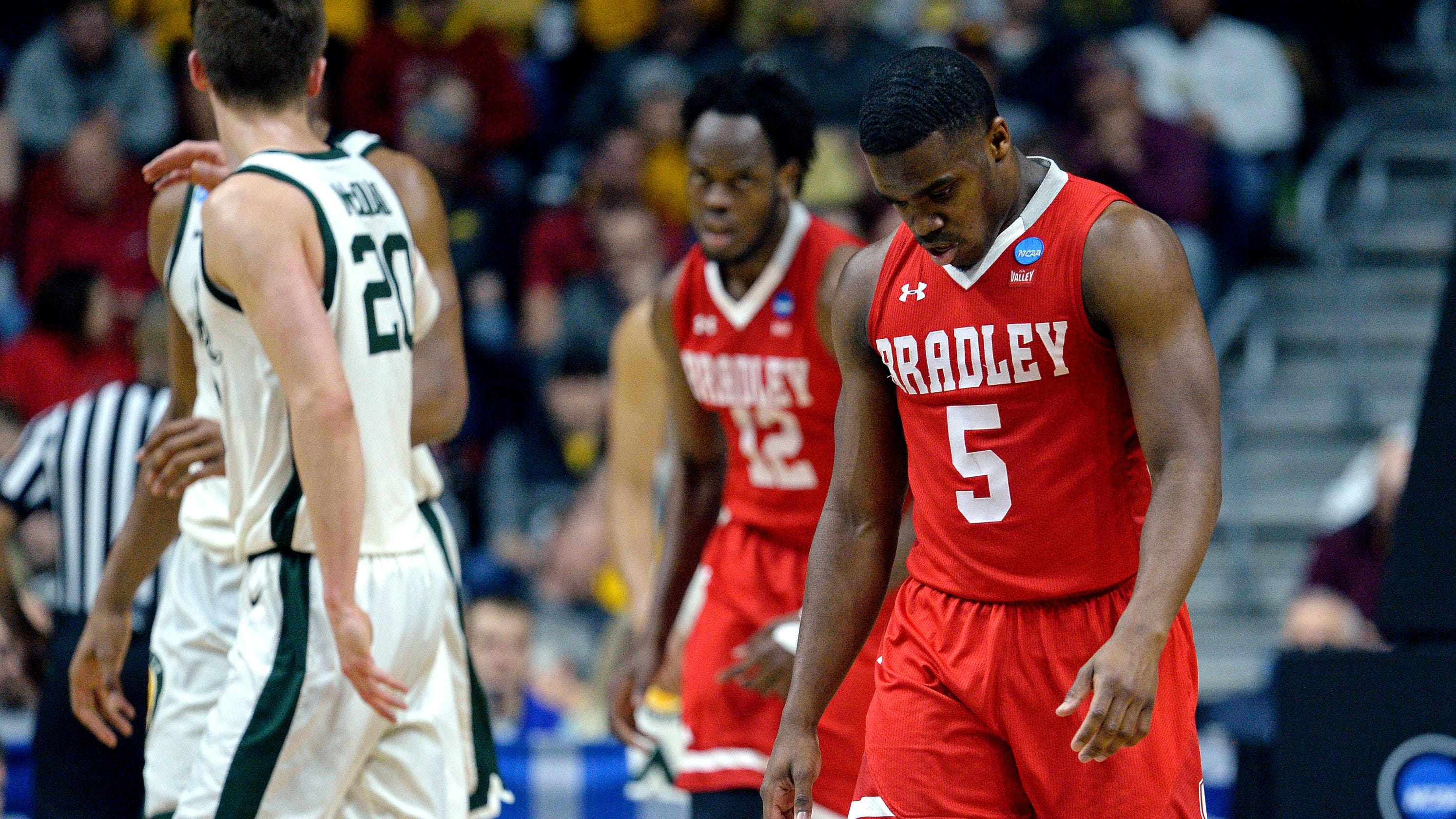 March almost Madness: Cinderella mid-majors whiff in near-upsets of NCAA tourney top seeds