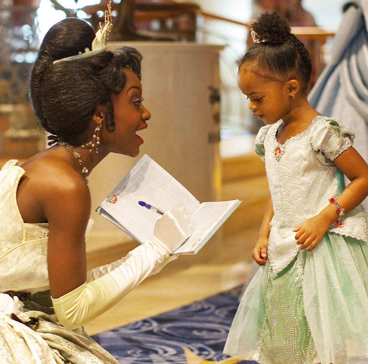 A family of 5-year-old twins in the United Kingdom wants to hire a nanny to dress as a Disney princess every day.