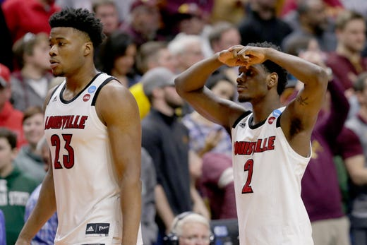 First round: No. 7 Louisville loses to No. 10 Minnesota, 86-76.