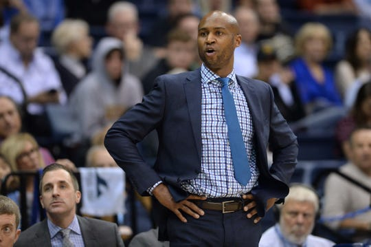 Lamont Smith stepped down as San Diego coach in March and re-signed as Texas-El Paso assistant coach on Wednesday.