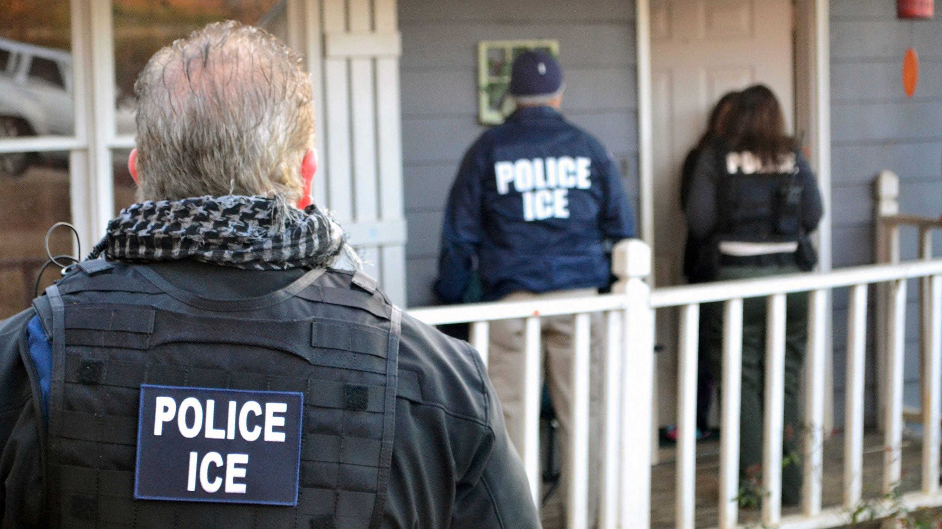 Immigration and Customs Enforcement agents at a home in Atlanta on Feb. 9, 2017, during a targeted enforcement operation aimed at immigration fugitives, re-entrants and at-large criminal aliens.
