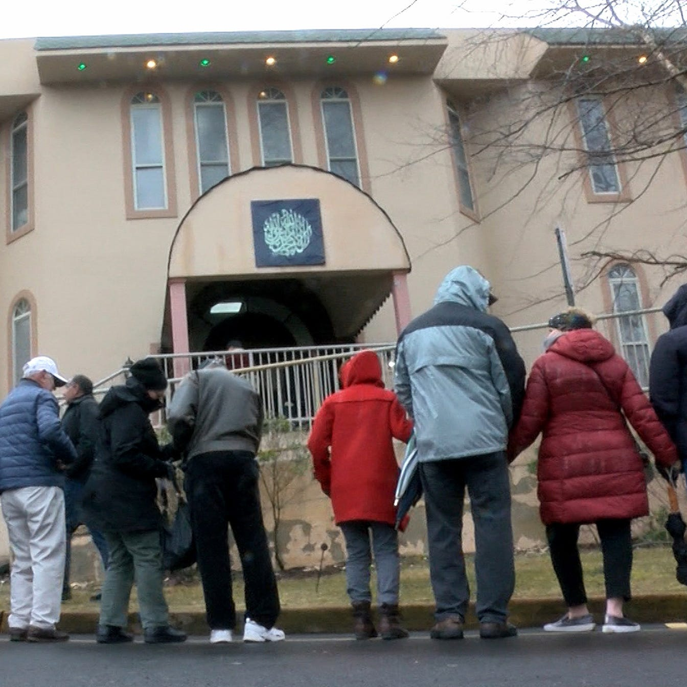 New Zealand shootings: Middletown mosque surrounded by interfaith love