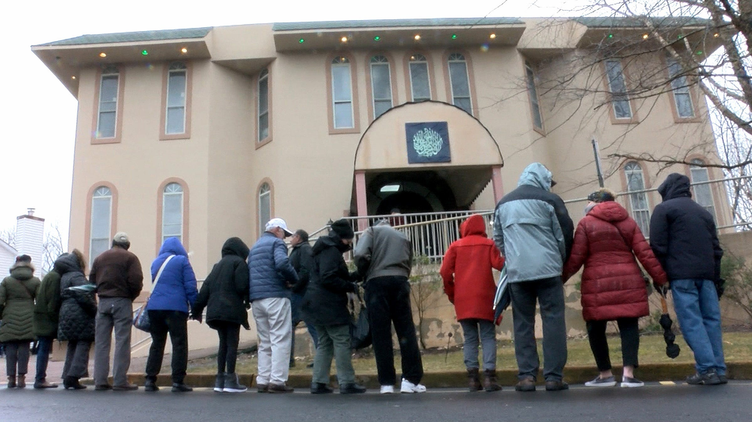Masjid New Zealand Pinterest: New Zealand Shootings: Middletown Mosque Surrounded By