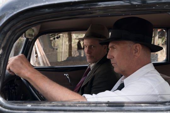 """THE HIGHWAYMEN (2019) - pictured L-R: Woody Harrleson (""""Maney Gault"""") and Kevin Costner (""""Frank Hamer"""")."""