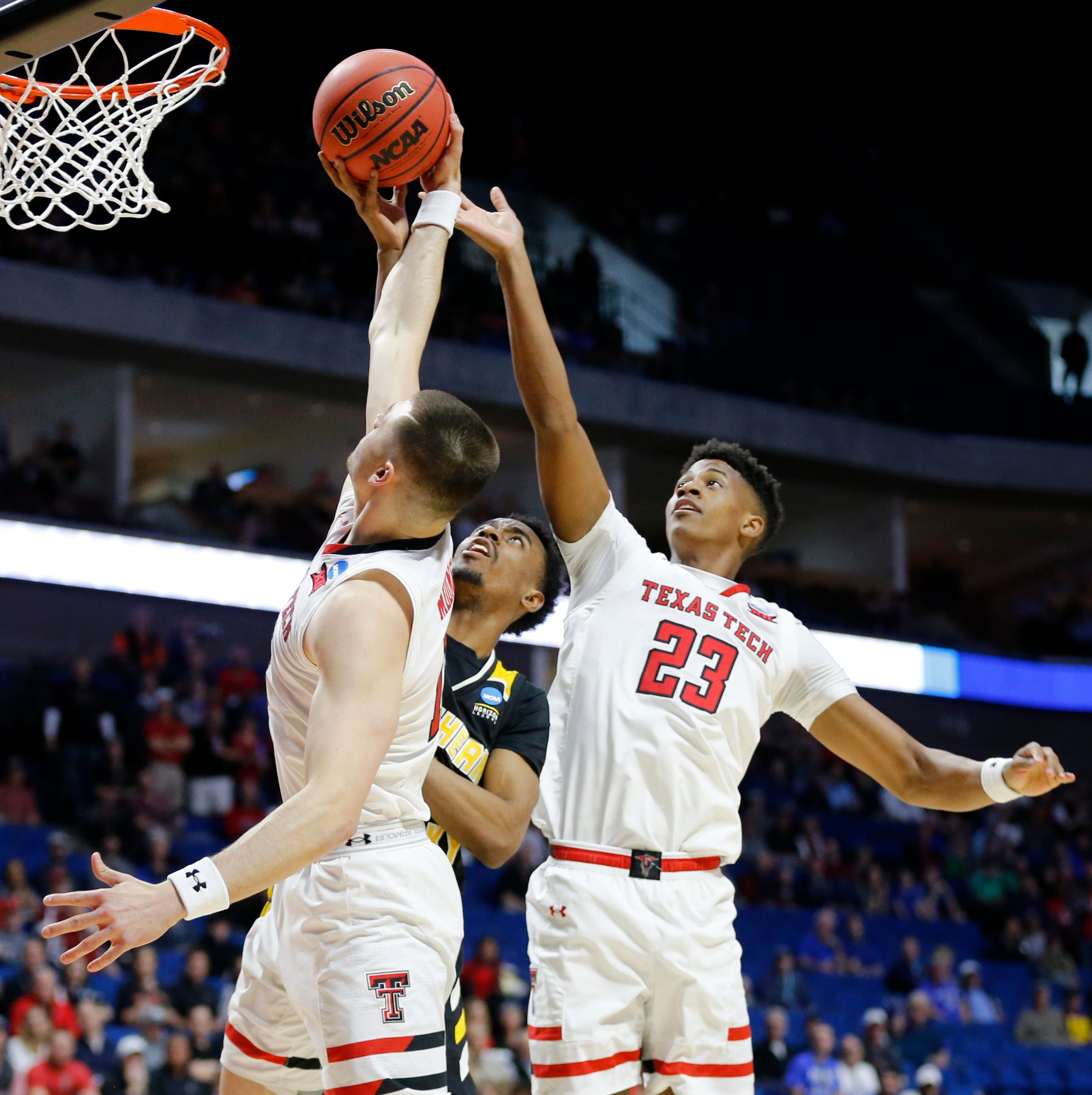 March Madness 2019: Texas Tech's Odiase, Owens block Northern Kentucky's upset bid