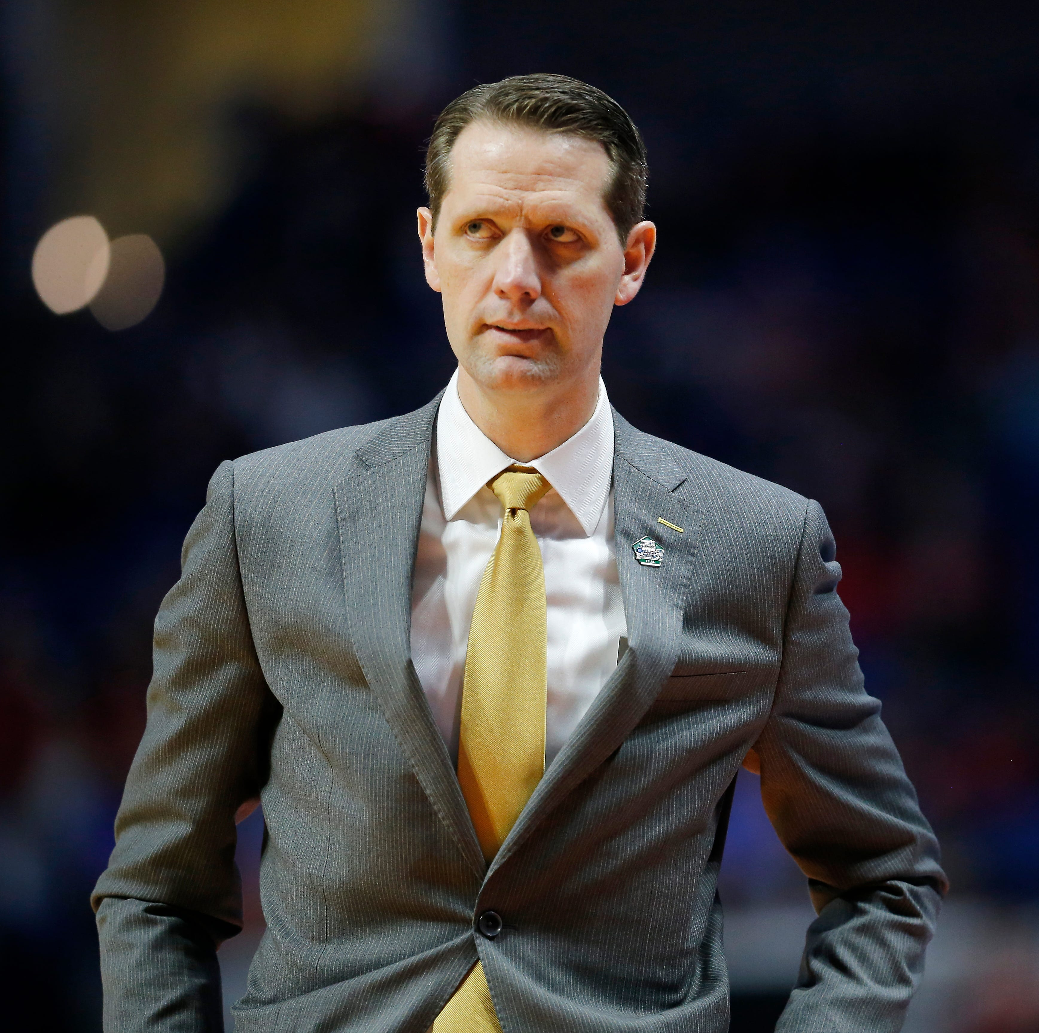 Who will the UC Bearcats go after to replace Mick Cronin? Here are 6 names to think about.