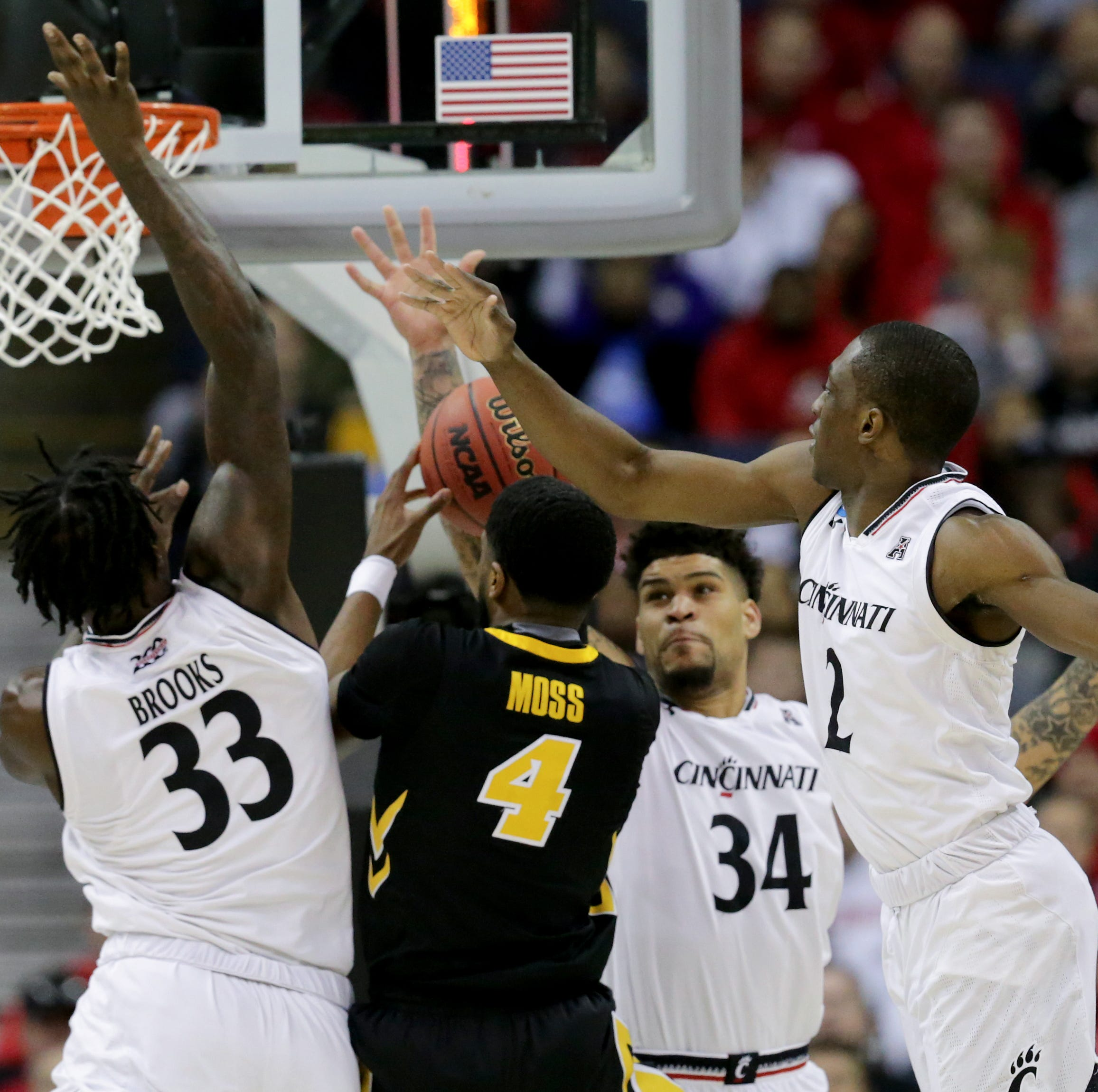 Cincinnati Bearcats show interest in Iowa grad transfer Isaiah Moss, per report