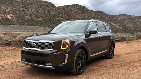 The 2020 Kia Telluride SUV's luxury, looks and prices should make it a hit.