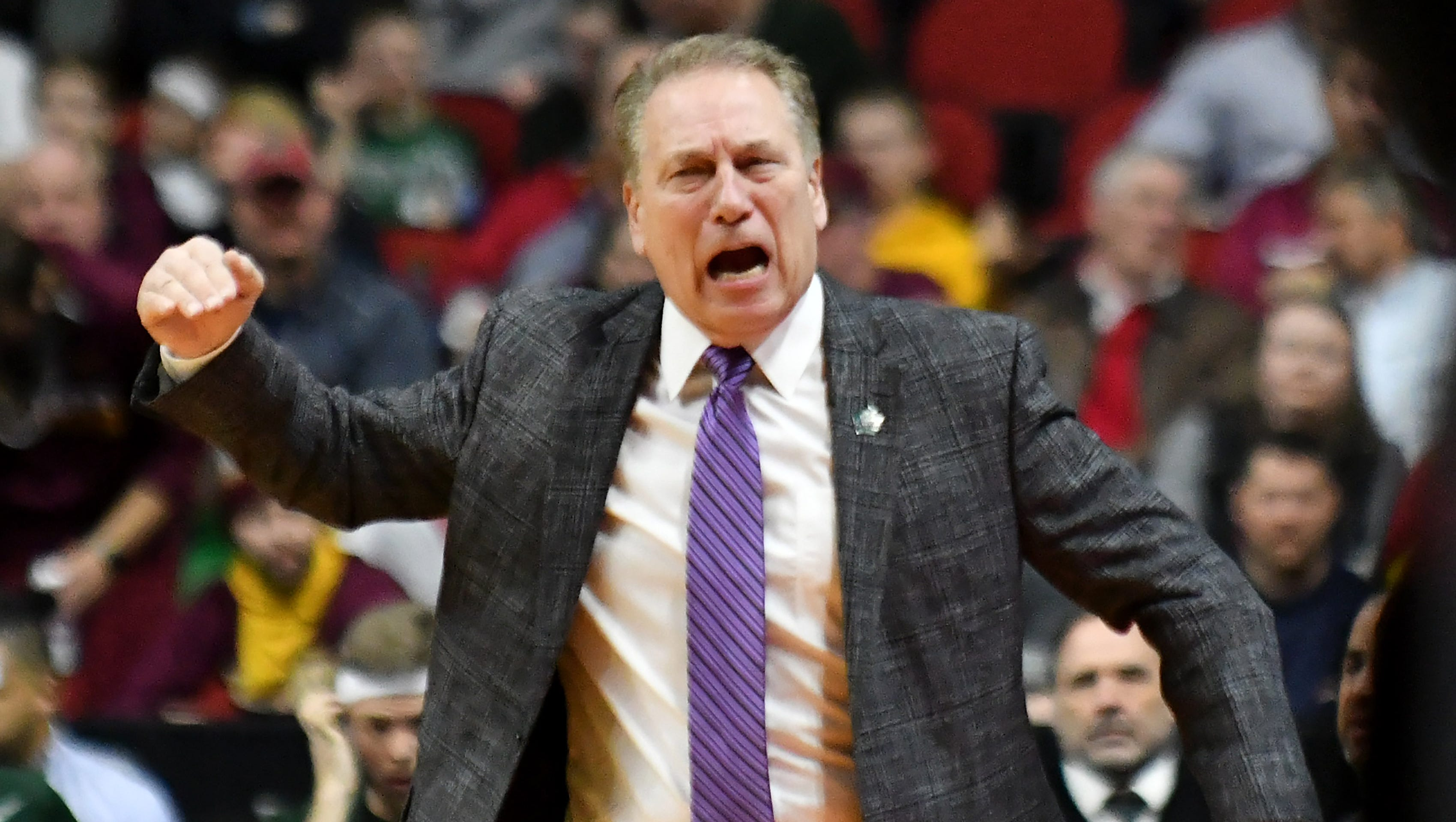 Irate Izzo gets needed response from freshman Aaron Henry
