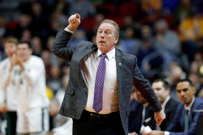 Tom Izzo makes a point during Thursday's win over Bradley.