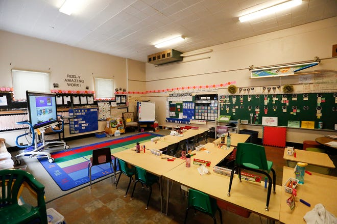 A classroom Thursday, March 21, 2019 at Waters Elementary School in Fond du Lac, Wis. A 98.5 million dollar referendum will be on the voting ballot April 2, 2019 to address updating schools in the Fond du Lac district. Doug Raflik/USA TODAY NETWORK-Wisconsin